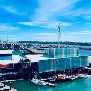 New Waterfront Penthouse On Princes Wharf With Free Parking! The Heart Of Auckland City! photos Exterior