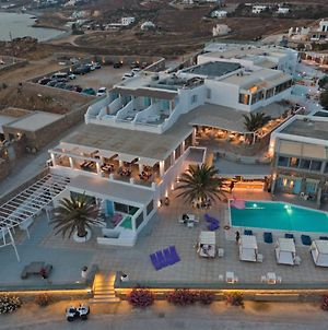 """Suntouch Suites """"By Checkin"""" Adults Only photos Exterior"""