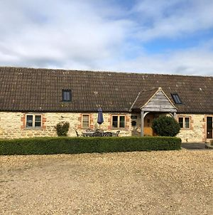 Rew Farm Country & Equestrian Accommodation - The Skilling photos Exterior