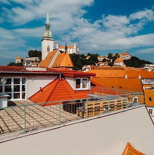 Majestic Views From A 60M2 Private Terrace - Castle, Cathedral, Old Town photos Exterior