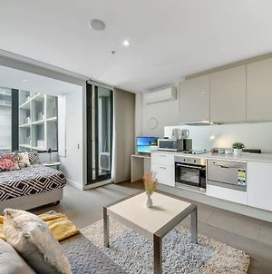 A Comfy Cbd Studio With A Amazing View Of The City Next To Southern Cross photos Exterior