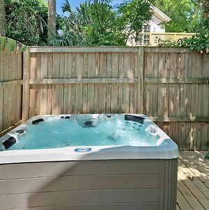 Downtown Home With Hot Tub, Bbq, Near Ice Plant! photos Exterior