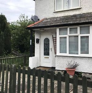 Greenhill Getaway - 2 Bedroom Newly Refurbished House photos Exterior