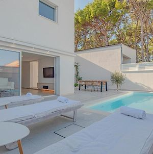 Beautiful Home In Zablace With Outdoor Swimming Pool And 3 Bedrooms photos Exterior