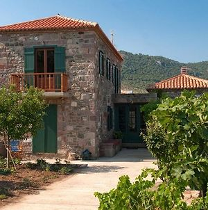 Traditional Stone House In Gavathas Near The Sea photos Exterior