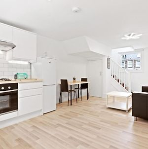 Airy Spacious 1 Bedroom Aprtment With Garden In Brixton photos Exterior