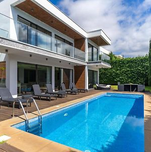 Villa Hyland With Private Heated Pool photos Exterior