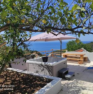 Rest House With Jacuzzi Mili photos Exterior