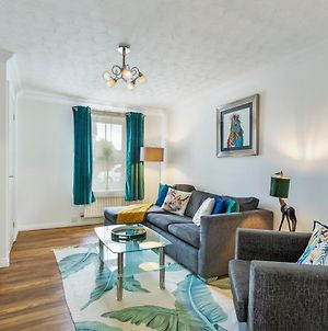 Catchpole Stays- Highwoods House- A Lovely 2 Bed Zoo Themed House Sitting Towards The North Of Colchester photos Exterior