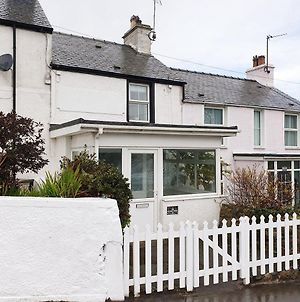Nr Rhosneigr-3 Bed-Stylish-Re-Furbished Holiday Home photos Exterior
