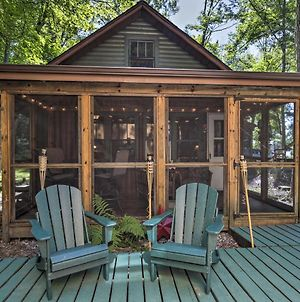 Quaint And Cozy Lake Cabin With Dock And Beach Access! photos Exterior