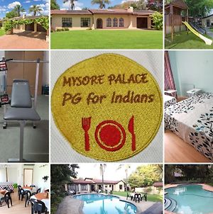 Mysore Palace Bed And Breakfast photos Exterior