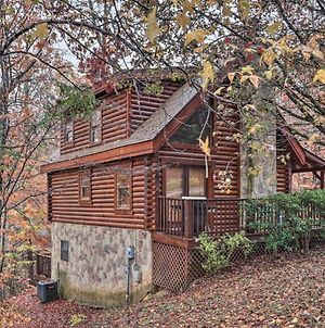 Family Cabin With Hot Tub About 4 Mi To Dollywood! photos Exterior