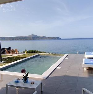 Blue Green Villa With Eco Pool And Jacuzzi photos Exterior