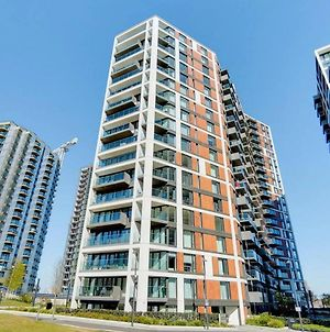 Entire 2 Bed Apartment In Woolwich Waterside In Woolwich Arsenal photos Exterior
