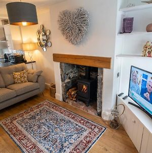 Beautiful Cottage With Parking Within Conwy Walls photos Exterior