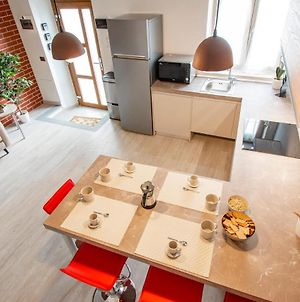 Altido Modern 3-Br Apartment With Terrace In Pisa photos Exterior