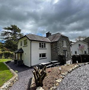 Coed Derw Isaf Holiday Cottage Betws-Y-Coed - Perfect For Any Occasion! photos Exterior