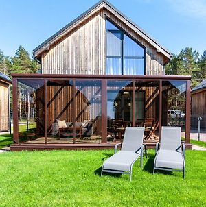Family Forest House, By Cohost photos Exterior