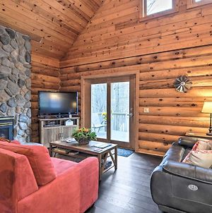 Secluded Gaylord Cabin With Deck And Gas Grill! photos Exterior