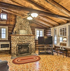 Lakefront 1930S Log Cabin With Dock And Fire Pit photos Exterior