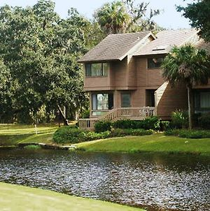 Luxurious Villa In The Shipyard Community At Hilton Head -Two Bedroom #1 photos Exterior