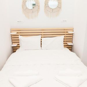 Full-Renovated, Adorable Apartment In Athens photos Exterior
