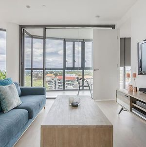 Amazing Views, Luscious Style And Location Internal Name: Shelleys Pad photos Exterior
