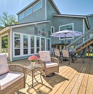 Bright And Breezy Home With Dock On Lake Conroe! photos Exterior