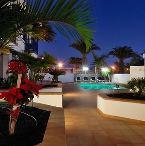 Immaculate 2-Bed Apartment No 3 In Playa Blanca photos Exterior