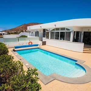 Exclusive 2-Bed Villa In Playa Blanca Adults Only photos Exterior