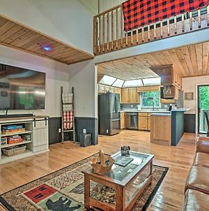 Luxe Clayton Cabin With Expansive Deck And Grill! photos Exterior
