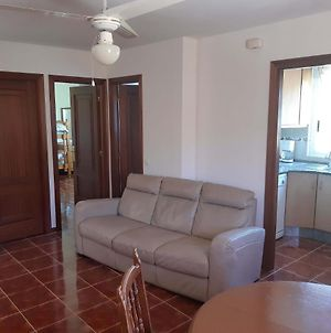 Apartment - 3 Bedrooms With Wifi - 08555 photos Exterior