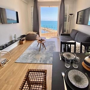 Amazing Renovated Flat Sea Front Old Town Antibes photos Exterior
