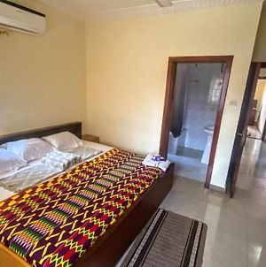 2 Bedroom Apt At Dome, Connects You To Achimota, Haatso Etc photos Exterior