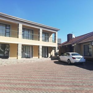 Zipho'S Bed And Breakfast photos Exterior