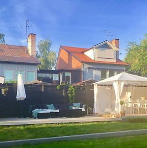House With Many Bedrooms In Charming Sigtuna photos Exterior