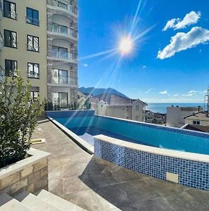Lux & Serene Home With Sea View, Pools, Sauna, Gym, Water Cave And More photos Exterior