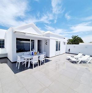 Luxury Coral Beach First Line Of The Sea photos Exterior