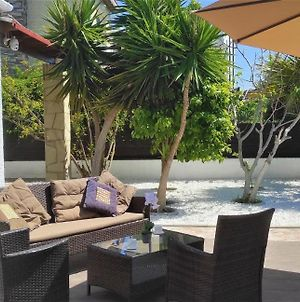 Beach And Pool Villa With Deck, Outdoor Furniture And Stone Bbq photos Exterior