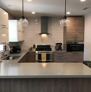 Specious New 3Br/2B Home, Great Patio, Huge Garden, Best Location photos Exterior