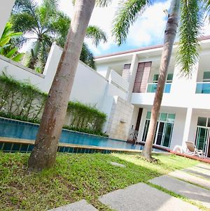 Adela Town House With Private Pool photos Exterior