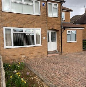 Large Family Home In Boston Spa Village Yorkshire photos Exterior
