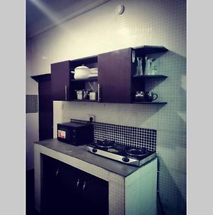 Well Furnished 2 Brm With Wifi- Along Airport Road photos Exterior