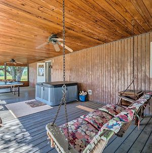 Pet-Friendly Home With Deck By Rainbow Springs! photos Exterior
