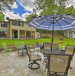 Stunning Fort Worth Retreat By Lake Worth! photos Exterior