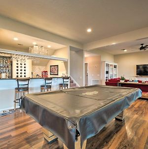 Lavish Lakefront House With Pool Table And Patio! photos Exterior