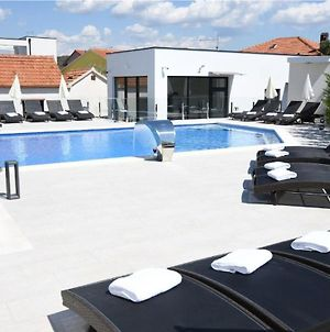 Amazing Home In Okrug Gornji With Outdoor Swimming Pool, Heated Swimming Pool And 2 Bedrooms photos Exterior