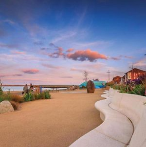 Captivating 4-Bed House In Sunderland photos Exterior