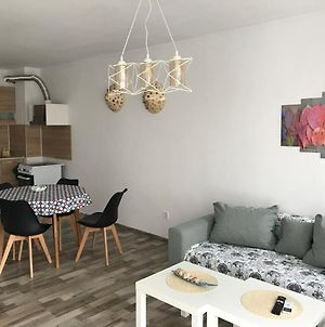 Apartment With Parking Space In Burgas, 300 M From The Beach photos Exterior